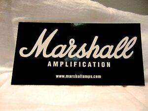 Aimable Marshall Amplificateur De Guitare Blanc Sur Noir Autocollant Sticker Case Rack Autocollant-afficher Le Titre D'origine