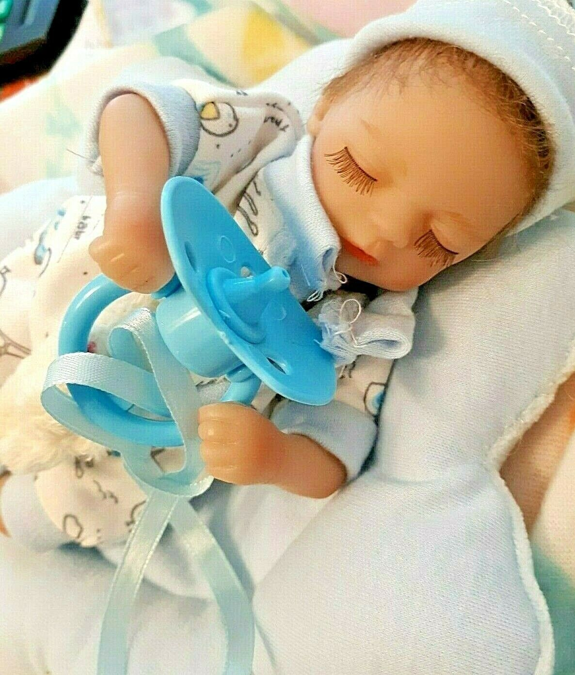 TINY 8 IN MICRO PREEMIE BABY REBoRN GIRL  MEMORY BABY TAKES A PACIFIER