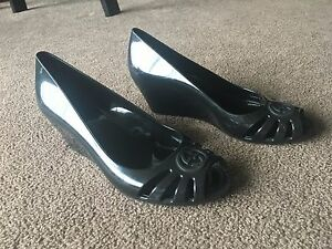 a0167e38dd82 Image is loading AUTH-GUCCI-MAROLA-BLACK-JELLY-WEDGES-SHOES-Sz-