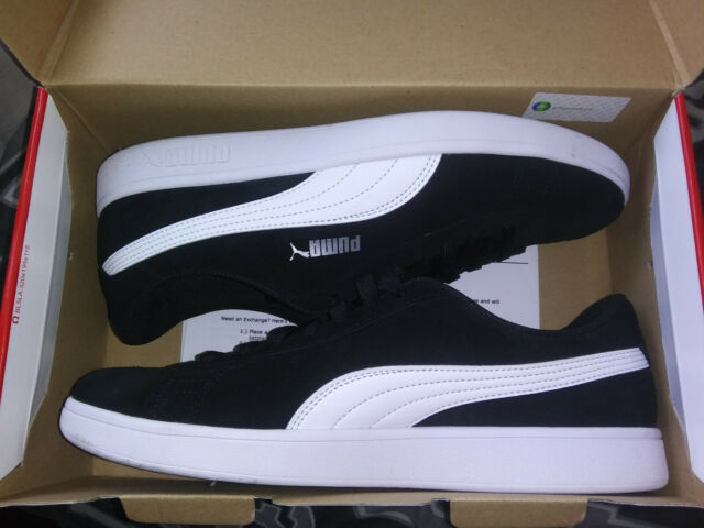 Used PUMA Smash v2 Sneakers MEN'S SIZE 10.5 Suede Black And White.