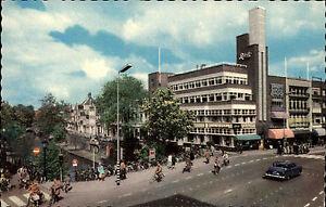 Utrecht-Niederlande-AK-1960-70-Potterstraat-Strassenpartie-mit-Auto-ungelaufen