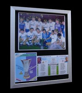 TOTTENHAM-SPURS-1984-UEFA-CUP-FINAL-LTD-Nod-FRAMED-EXPRESS-GLOBAL-SHIPPING