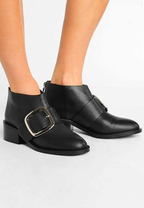 SENSO DION I BOOT SIZE 37 Buckle Black Leather Heel