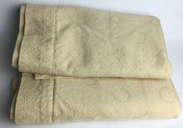 1 Pair Egyptian Cotton Sateen Choose Color and Size Pintuck 2 Pillow Shams