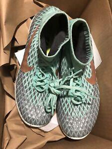 Nike-Women-039-s-LunarEpic-FlyKnit-Shield-Running-Shoes-Size-10-US-READ-DESCRIPTION
