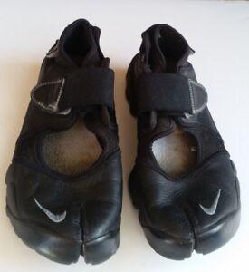 097d0b083dd29 La imagen se está cargando Nike-AIR-RIFT-Zapatillas-Negro-Cuero-UK-5-