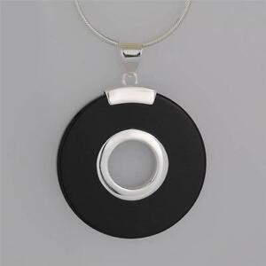 FINE-QUALITY-STERLING-SILVER-BLACK-ONYX-PENDANT-NECKLACE