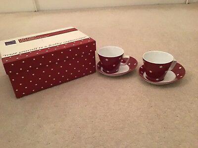 Coscienzioso Cafe Polka Macchia Rossa Cappuccinno 2 Tazze E Piattini 2-nuovo Con Scatola Originale-mostra Il Titolo Originale Texture Chiara