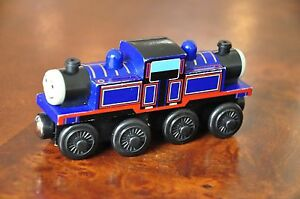 Details About Thomas Tank Train Set Wooden Railway Engine Mighty Mac Excellent Condition