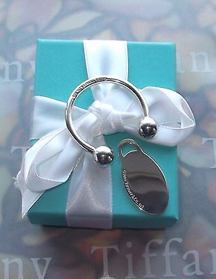 TIFFANY & CO RETIRED c2001 ENGRAVABLE KEYCHAIN STERLING SILVER ESTATE TCO TAG