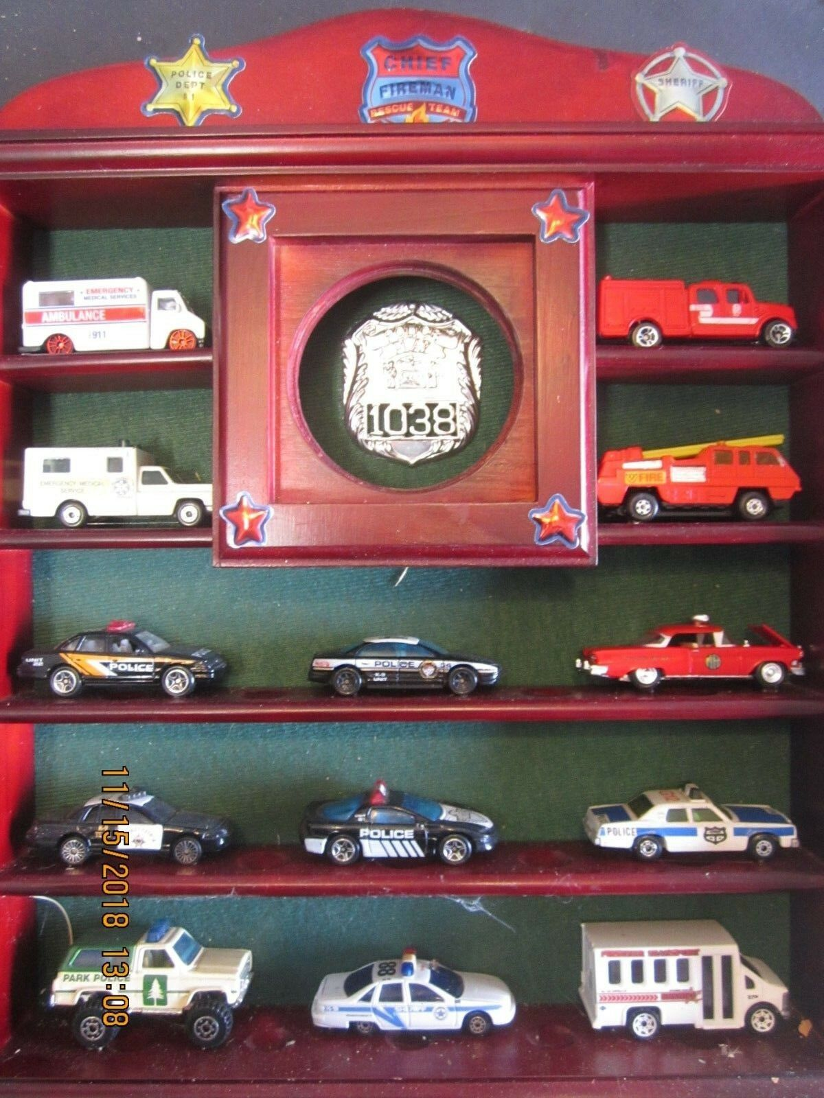 13-1/64 Diecast Hotwheel,Matchbox,Maisto,RaceChamp etc Police/Fire w/Wood Case