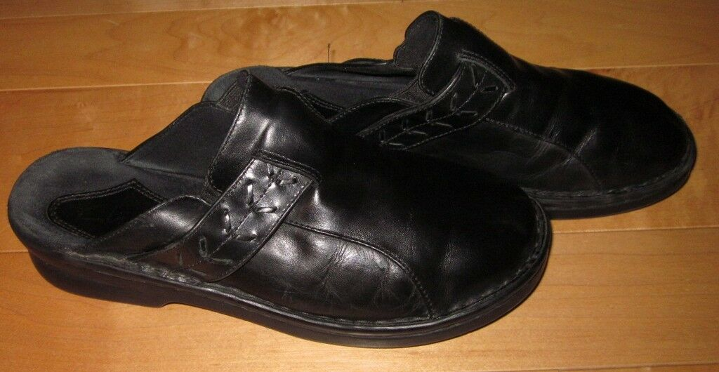 Clarks Wms Black Leather Mules 7 Cute Must C