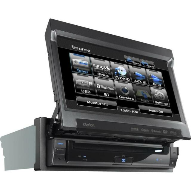 """CLARION VZ401 IN-DASH FLIP-OUT 7"""" DVD/MP3/AUX/USB/IPOD/BLUETOOTH RECEIVER"""