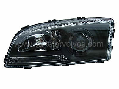 Volvo S70, V70 Up to 2000, C70 up to 2004 Black Projector Styling Headlamp RHD