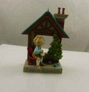 Frohliche-Weihnachten-tree-house-vintage-Merry-Christmas-ornament-xmas