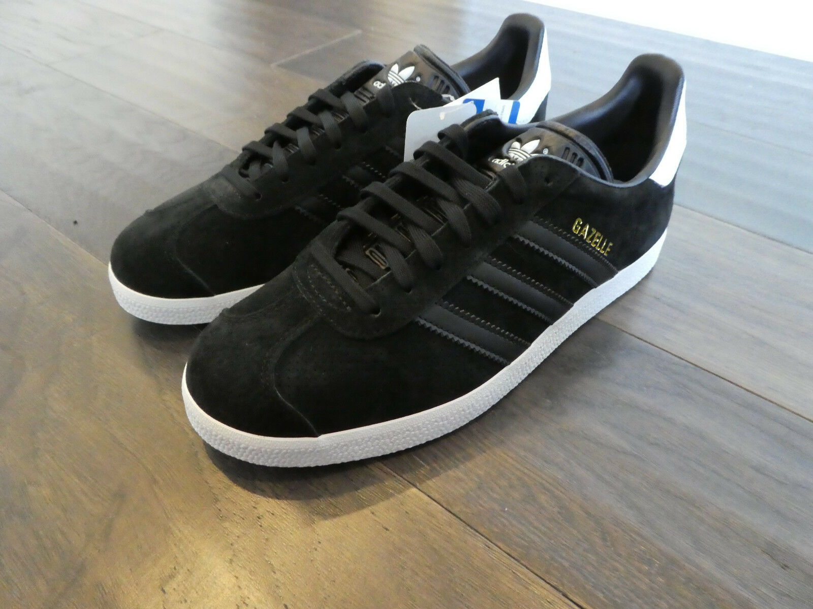 Adidas Women's Gazelle shoes sneakers new CQ2182 black white gold trainer