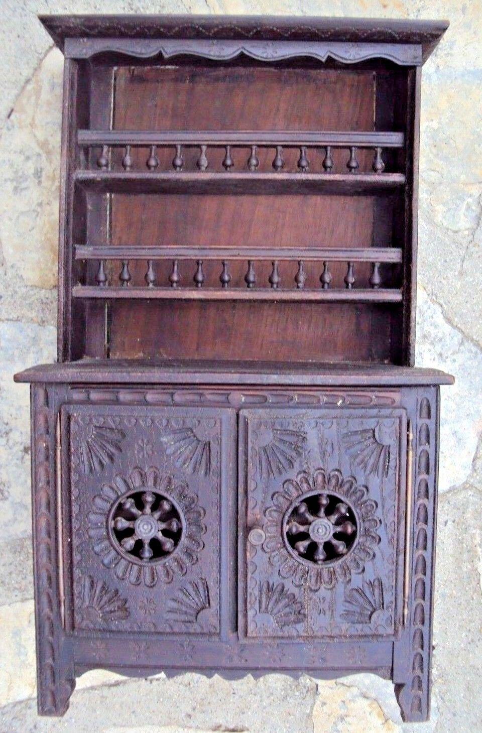Ancien meuble breton de poupée vaisselier en chêne