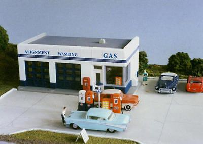 2 Modern Gas Station Pumps HO Scale 1:87