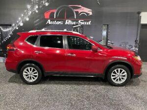 2017 Nissan Rogue SV AWD TOIT OUVRANT CAMERA DE RECUL