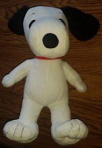 Snoopy-the-Dog-Peanuts-Charlie-Brown-Comic-Cartoon-Stuffed-Animal-Plush-Toy