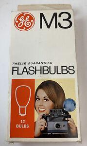 Vintage GE M3 Twelve (Box of 12 NEW) Clear Flashbulbs Camera Flash Bulbs