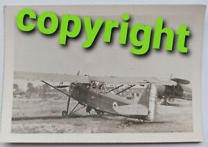 Foto-Flugzeug-franzoesisches-Flugzeug-Aufklaerer-Kennung-Flugplatz-Beute-034-N43-034