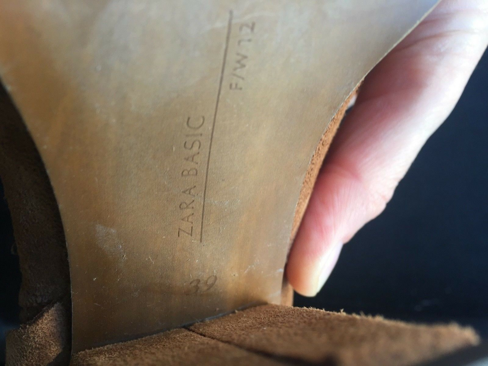 ZARA Stiefeletten Halbstiefel mit Heel Gr. Farbe: 39 Wildleder Farbe: Gr. Cognac, NEU de9aa4