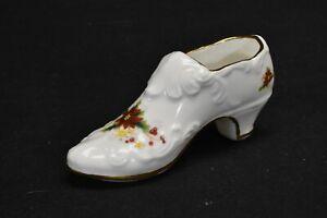 Royal-Albert-Poinsettia-Shoe