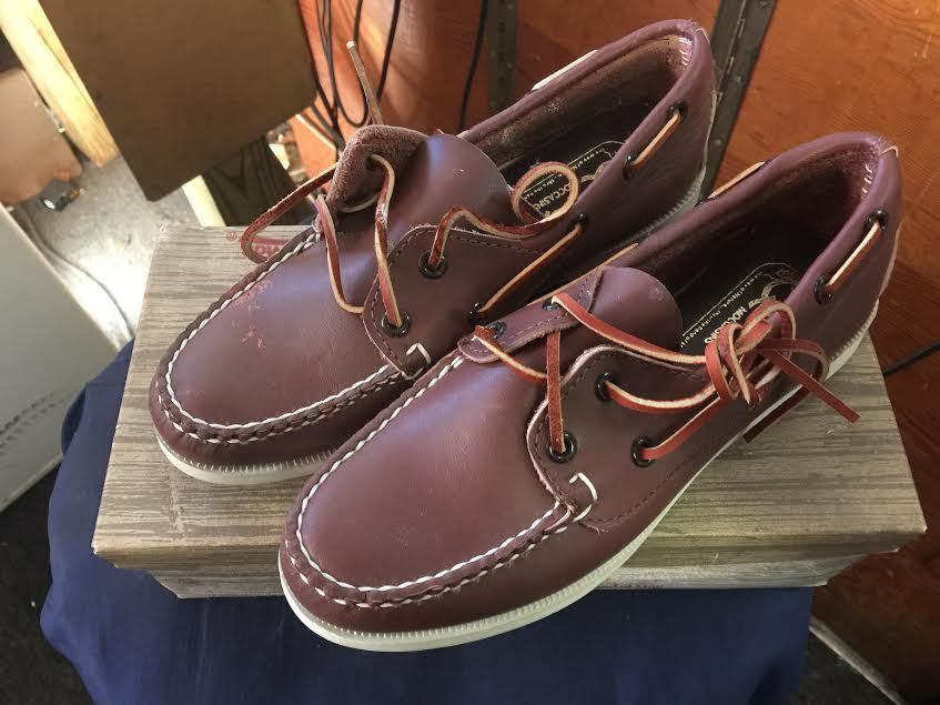 QUODDY WOMEN'S BOAT MOCCASINS - VINTAGE - NEW IN IN NEW BOX - BUCK TAN- SIZE 5 3dadd1
