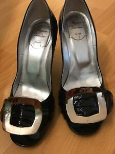 3c43bb78528 Image is loading AUTHENTIC-ROGER-VIVIER-Black-Patent-Leather-Heels-SIZE-