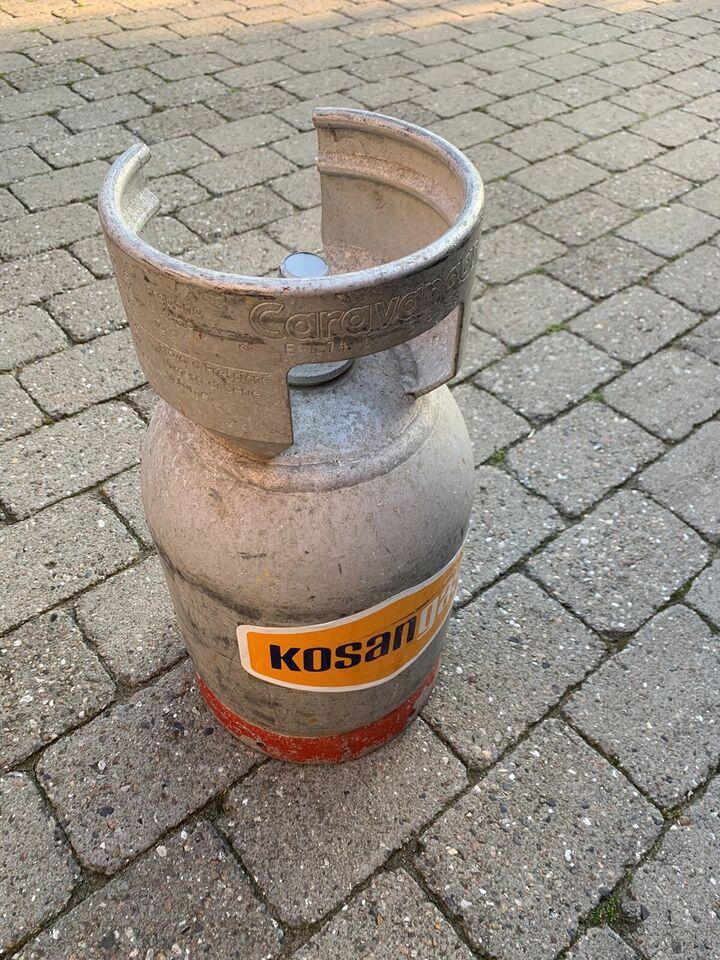 Fyldt gasflaske 6 kg. sælges med gasregulator