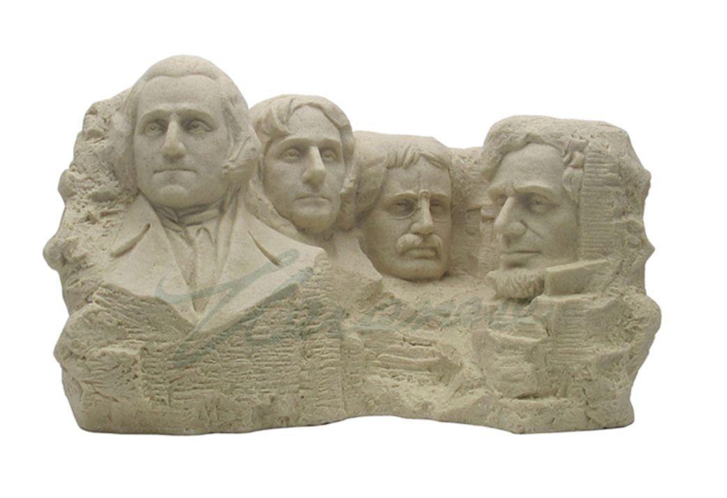 Mont Rushmore Sculpture Statue Figurine