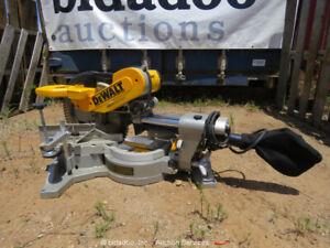 2017-Dewalt-DWS780-Corded-Compound-Miter-Table-Slide-Saw-12-034-Blade-bidadoo