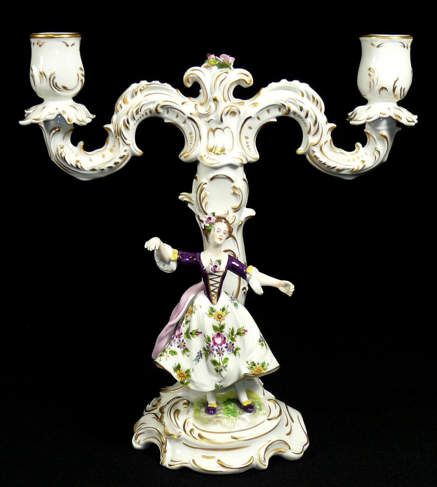 Aelteste Volkstedt-zweiarmiger candele in in porcellana con personaggio