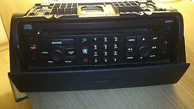Peugeot 807 CD Radio Navi mit Abdeckung