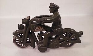 HUBLEY-CAST-IRON-POLICE-MOTORCYCLE-HARLEY-DAVIDSON-GREEN-GOLD-NICKEL-WHEELS-TOY
