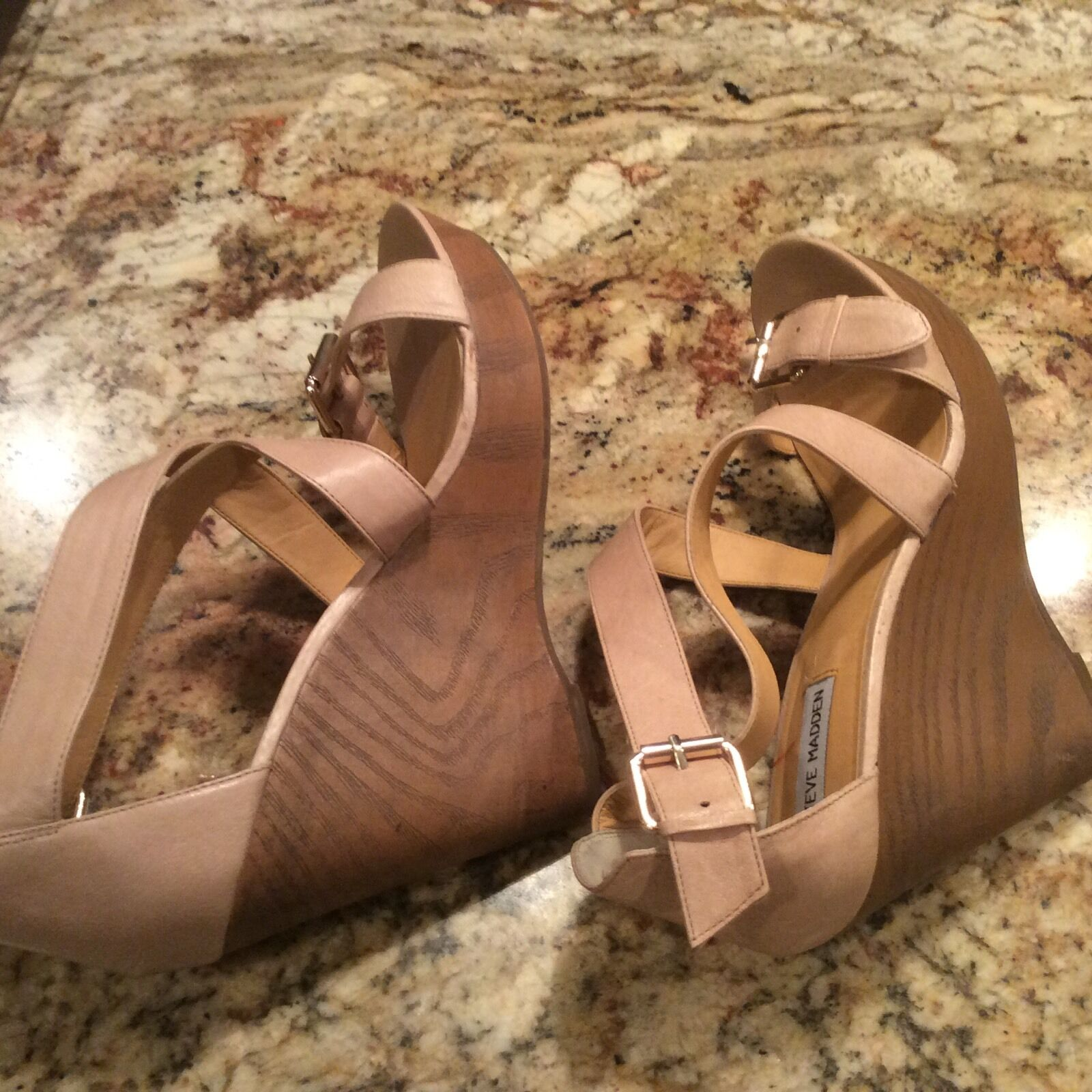 Steve Madden Myrna Myrna Myrna damen Beige Nude Leather Platform Wedges Sandals schuhe 11 3abaf9