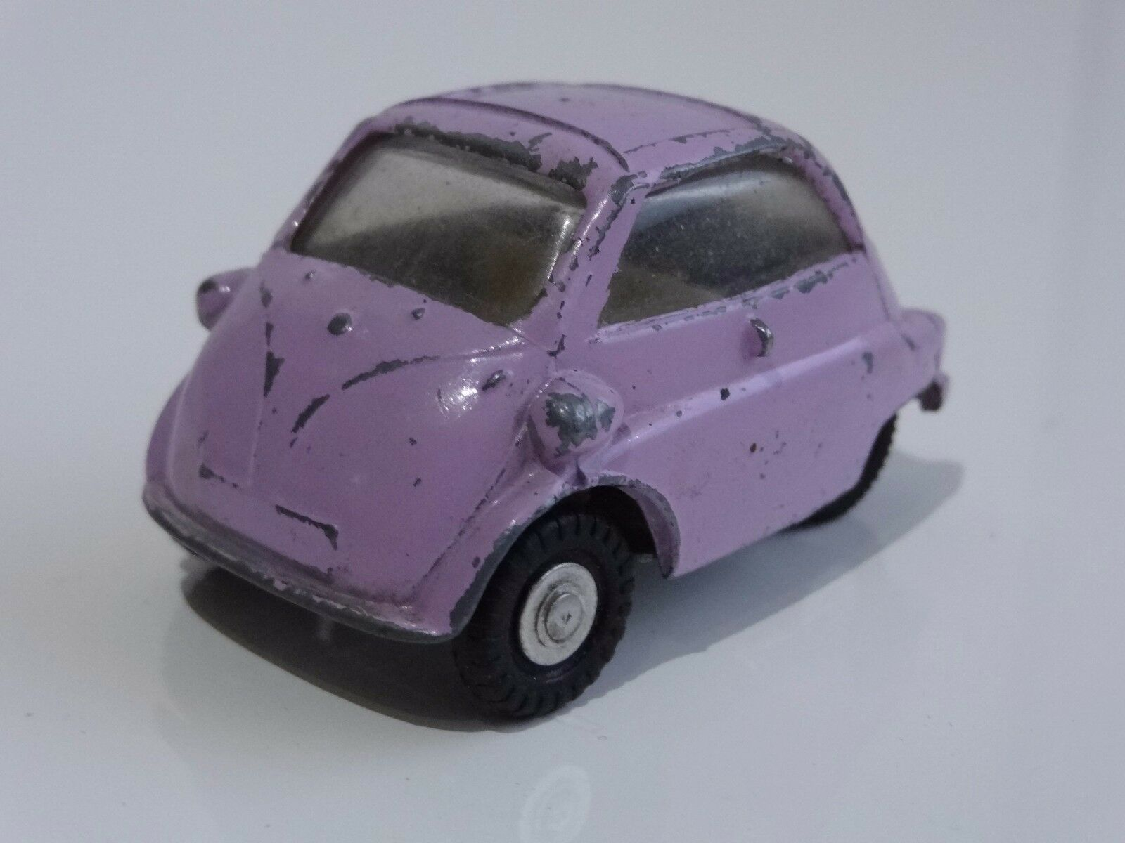(A)  triang spot on BMW ISETTA BUBBLE CAR - 118