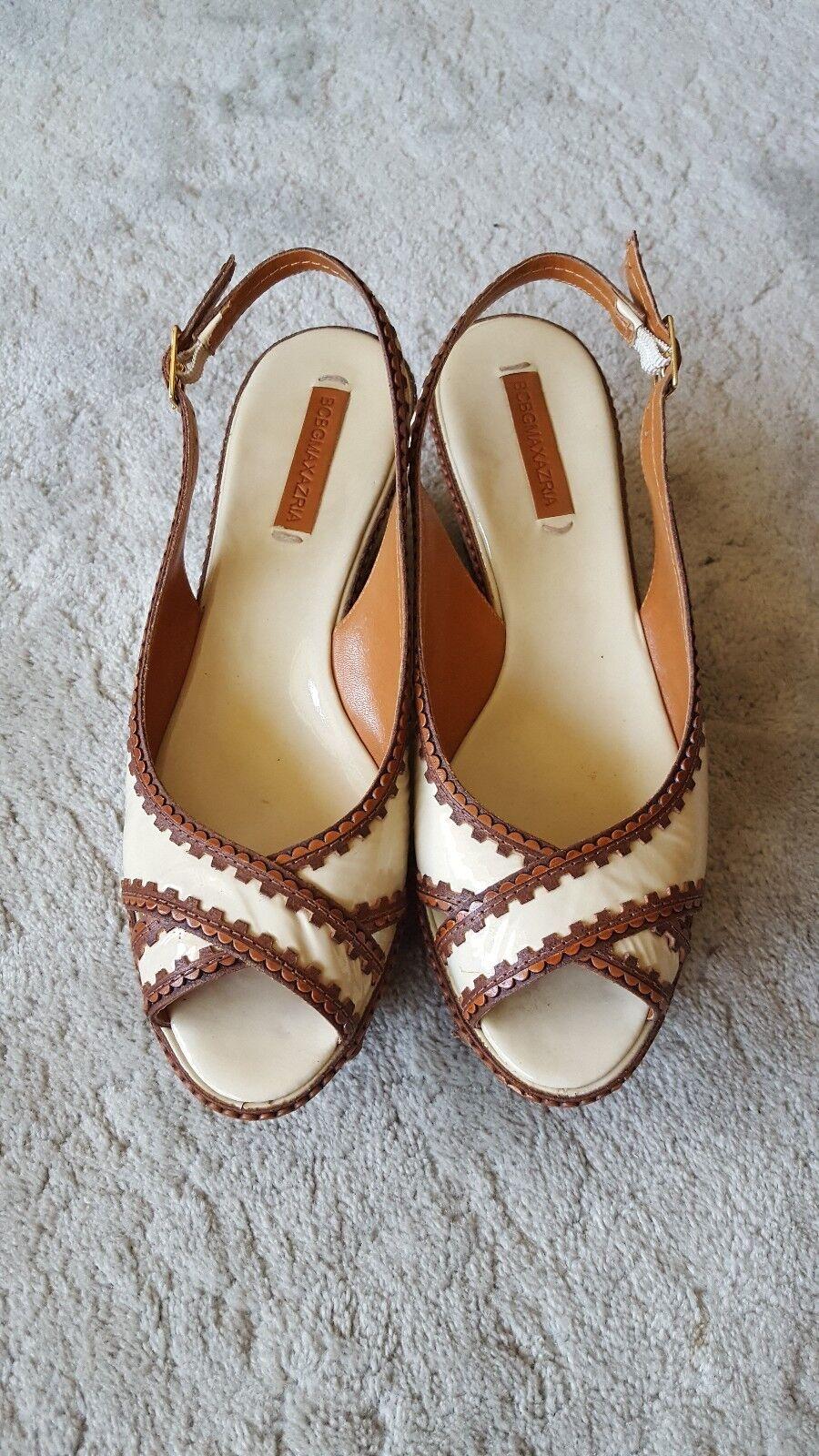 BCBG MAXAZRIA Morrisa Vapor Tan Wedge Sandals Taille 9 Slingback