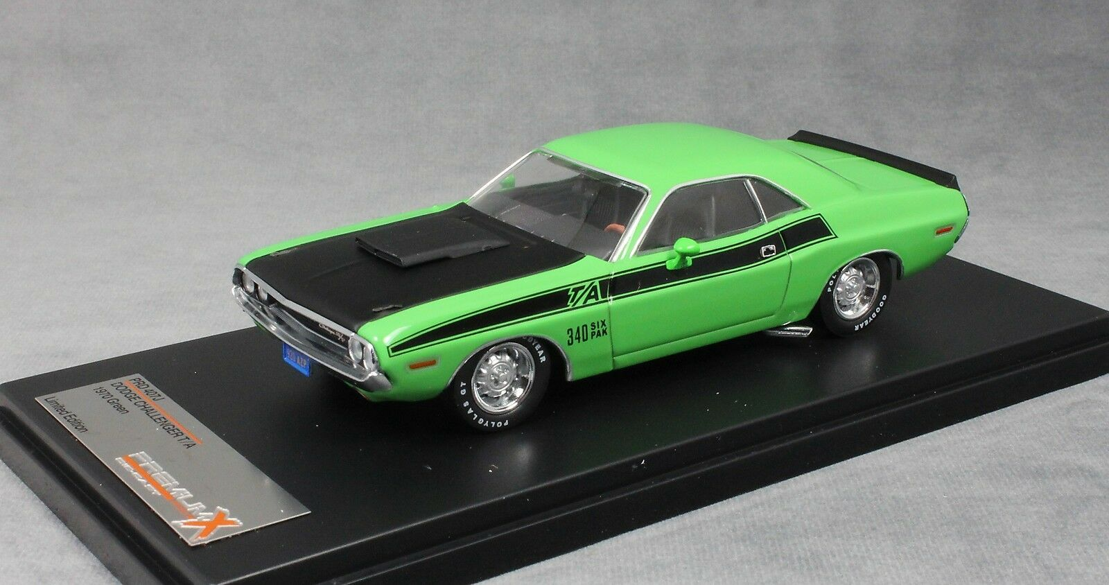 Premium X Dodge Challenger T A in Green 1970 PRD407J 1 43 NEW Limited Edition