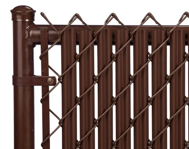 Chain Link Brown Single Wall Ridged™ Privacy Slat For 5ft High Fence Bottom Lock
