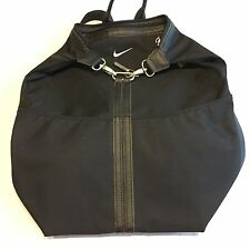 Nike Women's Black Backpack Bag Clips/zippers/ Pockets