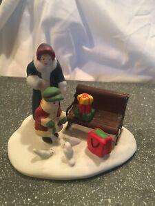Lemax Christmas Village Accessory Figurine Mother & Girl Feeding Pigeons 1995