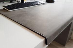 PM Gewinkelte Schreibtischunterlage Nubuk Leder 60 x 38 Grau