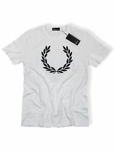 Fred-Perry-T-Shirt-Weiss-Navy-Punkte-M4320-100-5499