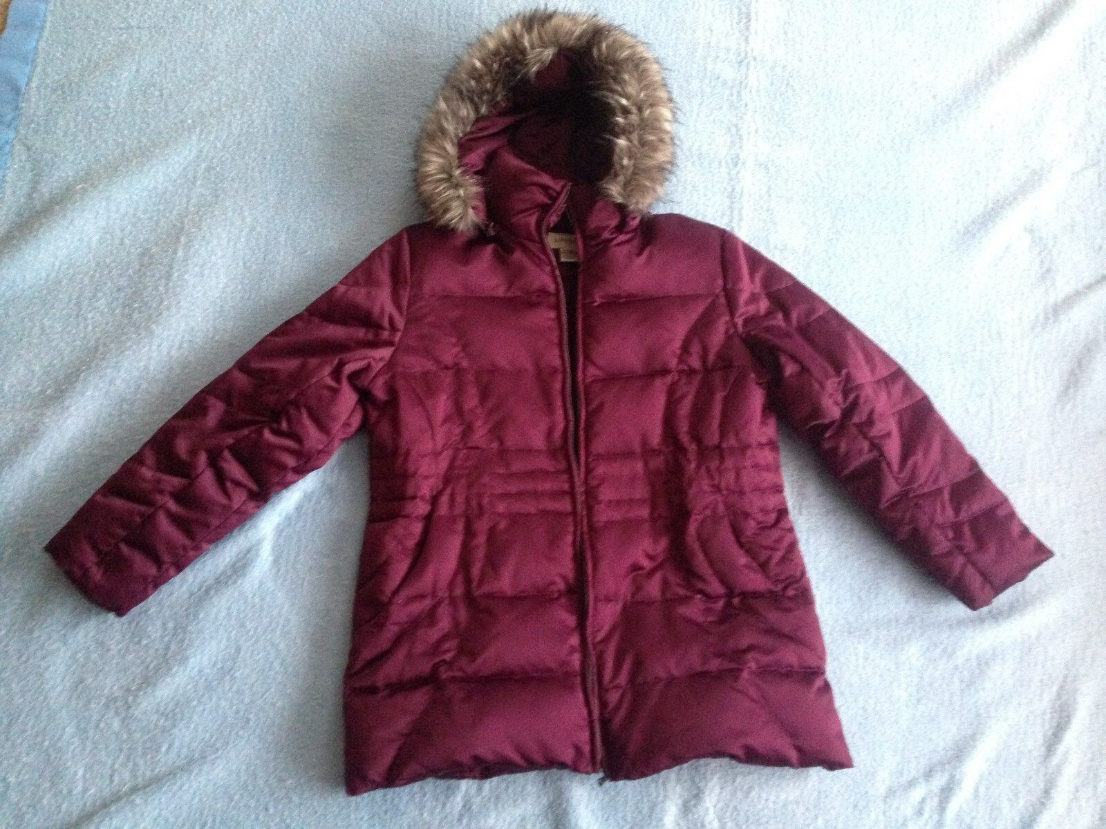 St. Johns Bay Ladies Down Winter Coat Size XL  Plum W Removable Fur edged hood