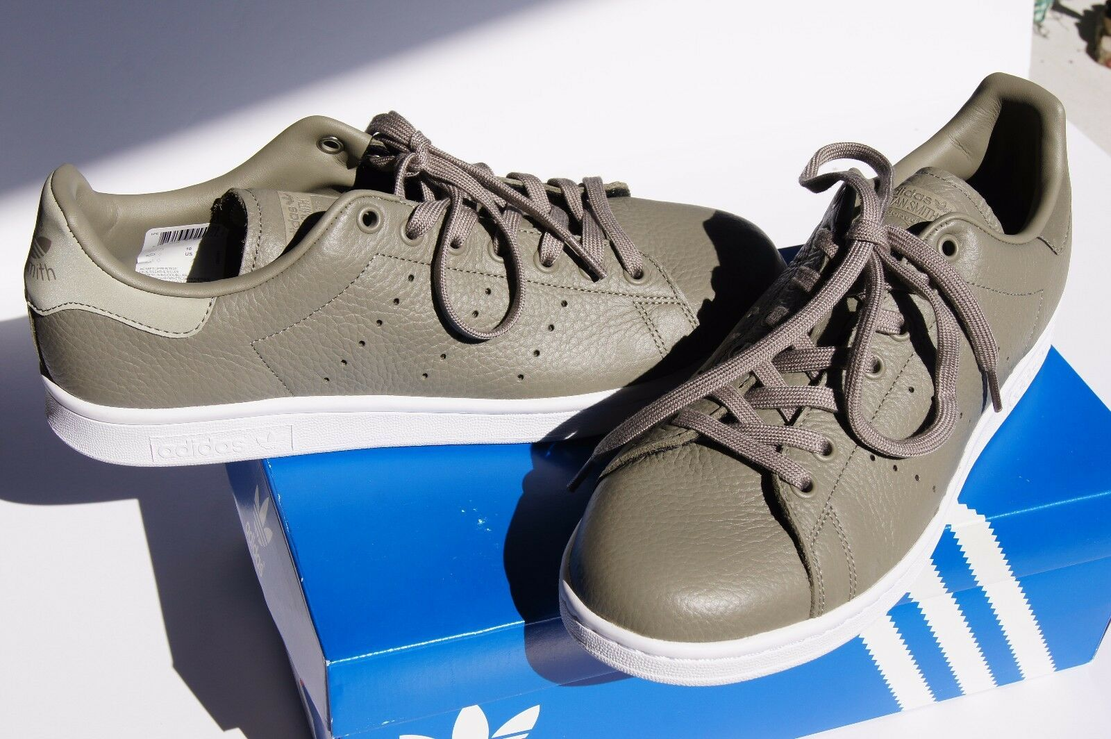 ADIDAS Stan Smith Men's Shoes BB0053 Casual/Athletic Leather Greenish Grey