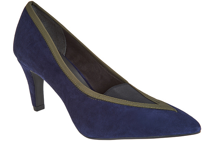 Lori goldstein Collection Pumps with Elastic Insert Blackberry Women's 5.5 New