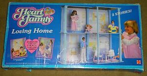 VTG 1984 MATTEL THE HEART FAMILY LOVING HOME IOB DOLL HOUSE BARBIE FRIEND