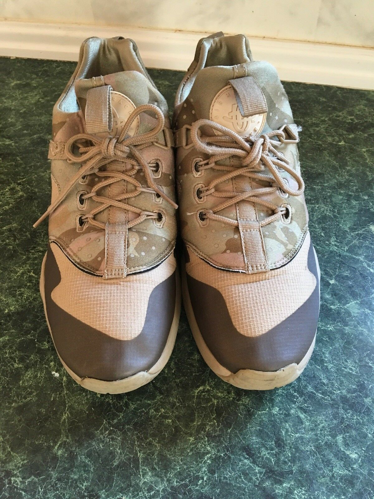nike air huarache utility Trainer  Desert Camo Khaki Olive men's size 9.5 Cheap and beautiful fashion